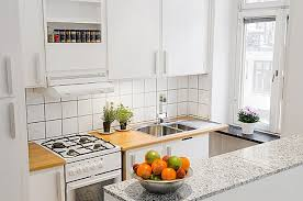 this image shows a kitchen
