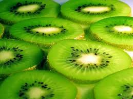 this image shows slices of kiwi fruilt
