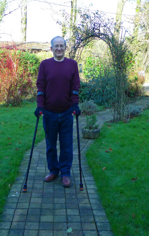 this shows an older gentleman using flexyfoot crutches